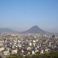 早春の讃岐富士