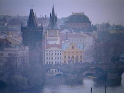 プラハ・ヴルタヴァ川より